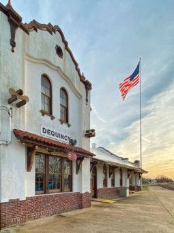 DeQuincy Railroad building